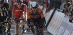 Roompot Oranje Peloton gaat voor sprint in GP de Denain