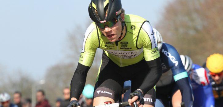 Dennis Bakker wint proloog in Ronde van Slowakije