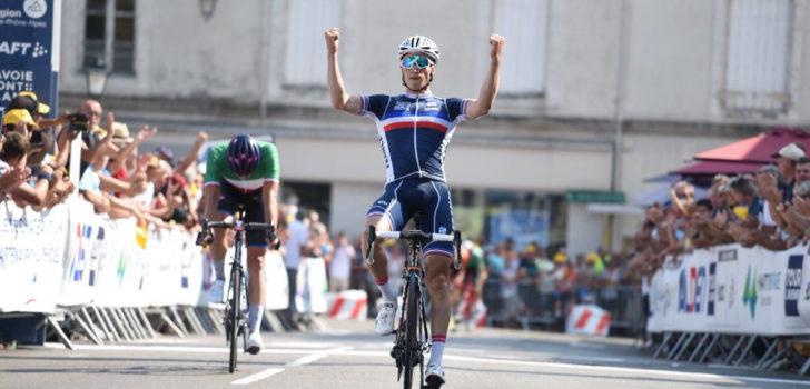Damien Touzé zegeviert in Tour de l'Avenir, Arensman derde