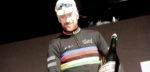 Bradley Wiggins reikt Kristallen Fiets uit aan Victor Campenaerts