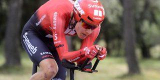 """Kelderman begint Ronde van Zwitserland met een val: """"Lijkt in orde"""""""
