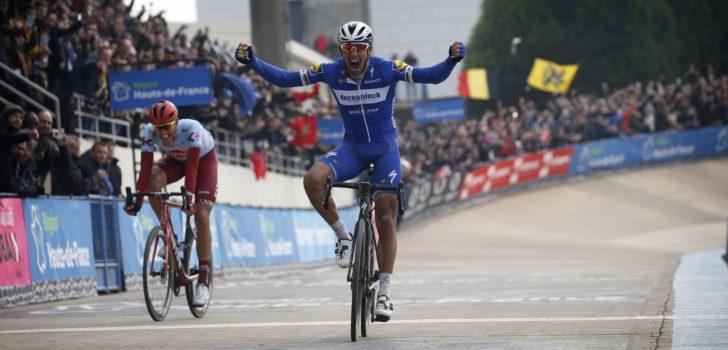 Philippe Gilbert wint vierde monument met zege in Parijs-Roubaix