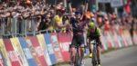 Niewiadoma verslaat Van Vleuten in Amstel Gold Race na ware thriller