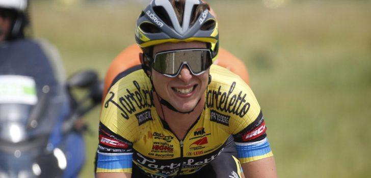Julien Van den Brande wint eerste UCI-koers met Internationale Wielertrofee