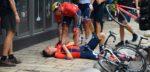 Renners CRO Race na finish onderuit door overstekende man