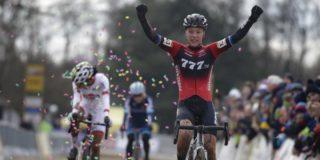 Annemarie Worst wint sprint van Ceylin Alvarado in Wereldbeker Nommay