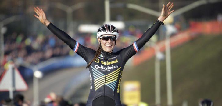 Sanne Cant derde in Wereldbeker Hoogerheide, overwinning voor Lucinda Brand