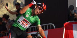 Caleb Ewan wint opnieuw op Hatta Dam in UAE Tour